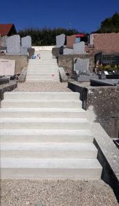 Construction marches cimetière