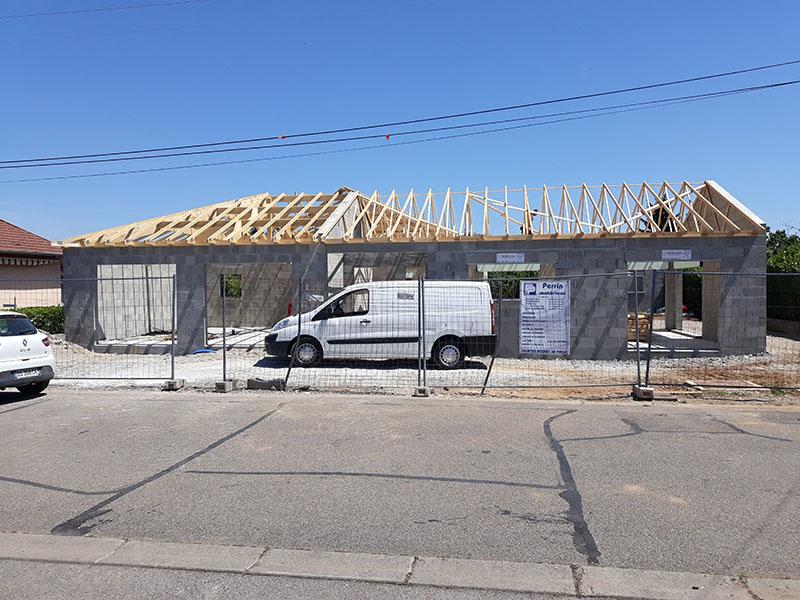 Construction maison en béton - charpente