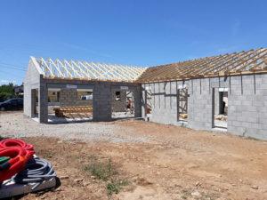construction d'une maison - parpaings - toiture