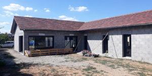 Construction d'une maison - parpaings - Lyon - menuiserie