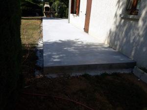 Travaux de construction d'une terrasse, maçonnerie