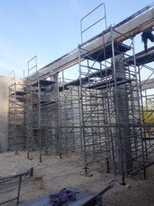 Maçonnerie construction de mur en béton armé, étayage
