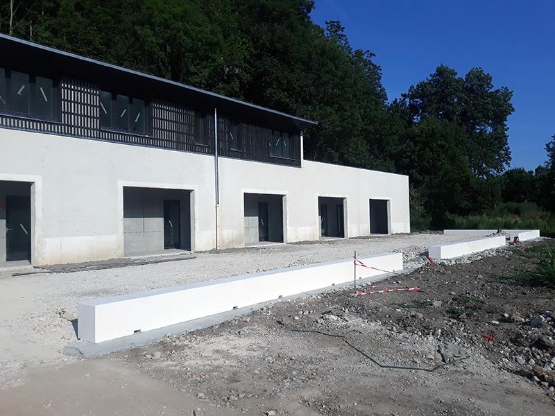 Construction de banc en béton armé