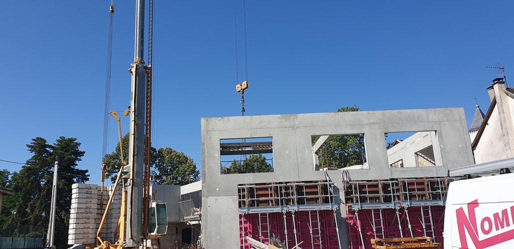 Construction de murs en béton architectonique