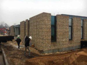 Façade avec murs en gabions - Chantier en Isère